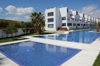 Reservas vera playa residencial alborada for Piscinas almeria