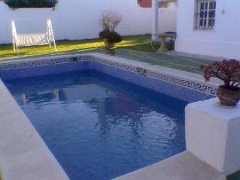 Precioso chalet 8 personas jard n piscina y barbacoa for Piscina municipal el puerto de santa maria