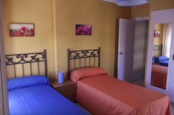 Vacaciones junto al mar - Dormitorio juvenil malaga ...